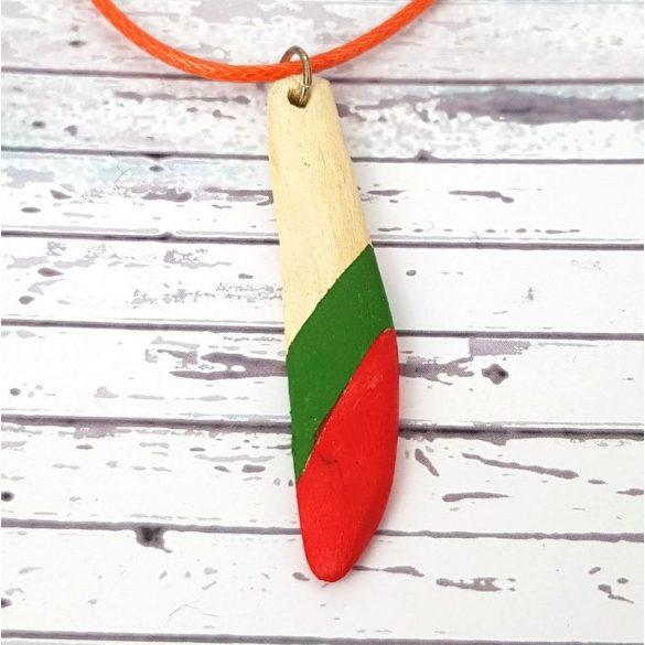 Uszadékfa, nyaklánc, vörös, zöld, faragott, festett, egyedi, kézműves, ékszer
