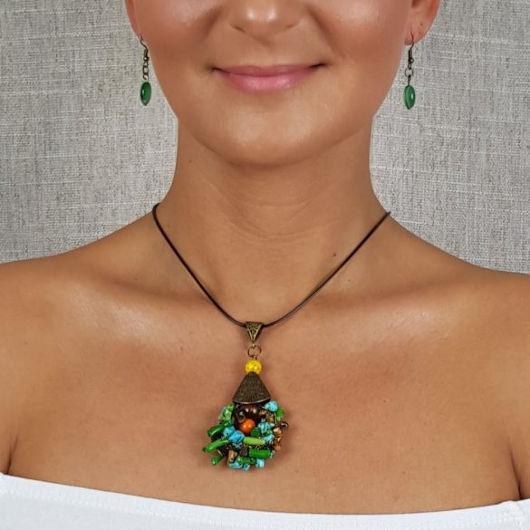 Korall, ásvány, nyaklánc, egyedi, kézműves, ékszer, türkiz, zöld, barna