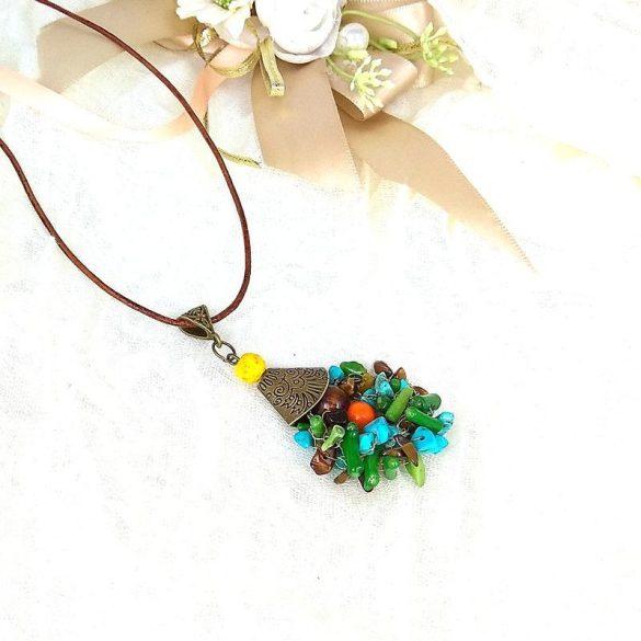 """""""Korall Keringő"""", nyaklánc, türkiz, zöld, barna, egyedi, kézműves, ásvány, korall, fagyöngy, bőr"""