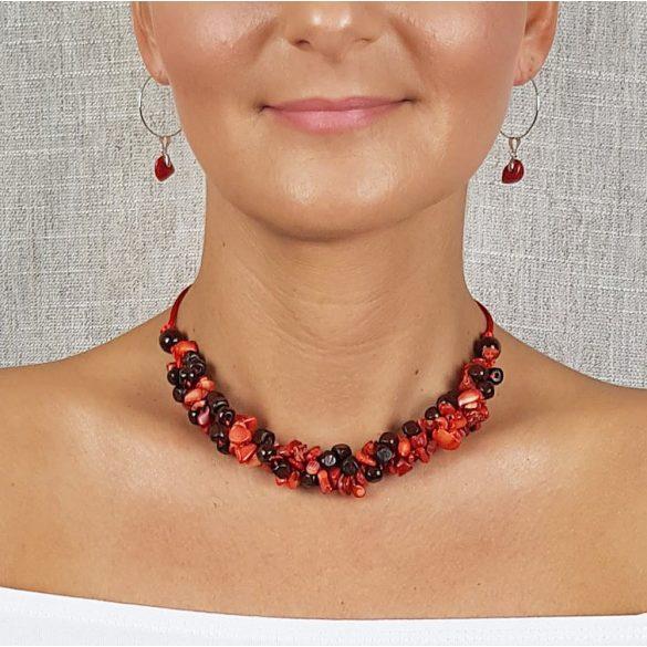 Antiallergén ékszer,  vörös, korall, egyedi, kézműves, fémmentes, ásvány nyaklánc, pamut fonal, gyöngy