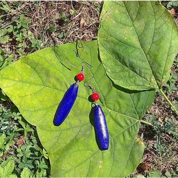 Környezetbarát, újrahasznosított fa, uszadékfa, ásvány gyöngy, statement, fülbevaló, kék, vörös, környezettudatos ékszer