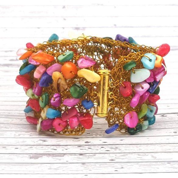Karkötő, arany, színes, egyedi, kézműves, ásvány, rozsdamentes bevont ékszerdrót, mandzsetta karkötő