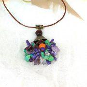 """""""Korall Keringő"""", nyaklánc, lila, zöld, egyedi, kézműves, ásvány, korall, fagyöngy, bőr"""