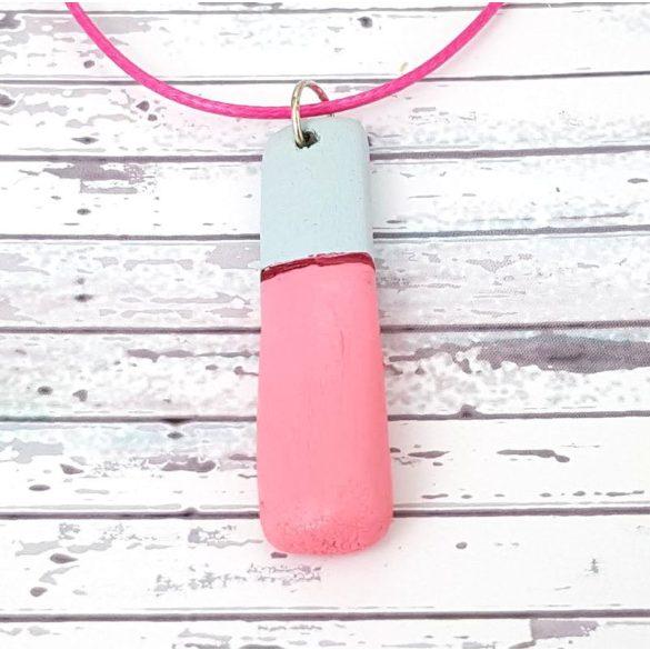 Nyaklánc, szürke, pink, uszadékfa, faragott, festett, egyedi, kézműves, Antal Ékszer