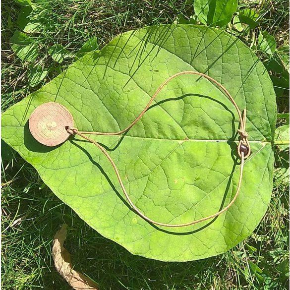 Fa nyaklánc, környezetbarát, újrahasznosított fa, uszadékfa, medál, nyaklánc, bőr, hipoallergén, környezettudatos ékszer