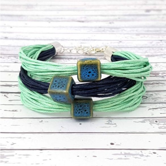 Karkötő, zöld, kék, egyedi, kézműves, spárga, kerámia gyöngy, Antal Ékszer