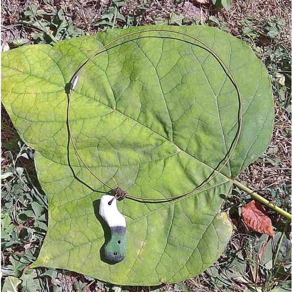 Fa nyaklánc, környezetbarát, újrahasznosított fa, uszadékfa, medál, nyaklánc, rozsdamentes, környezettudatos ékszer